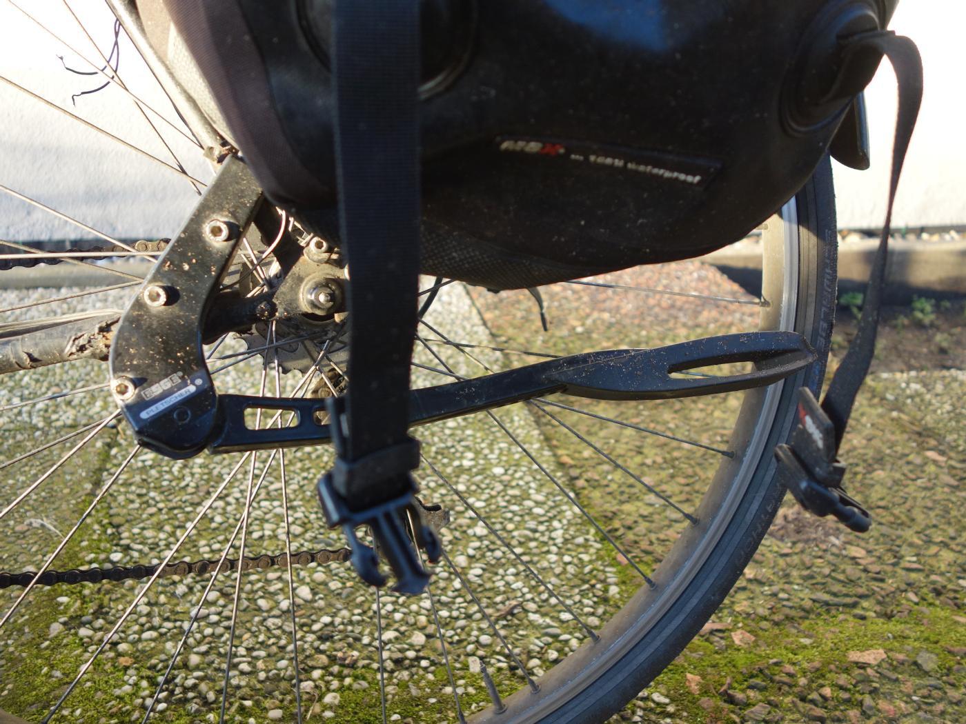 Pletscher Comp Zoom 40 Adjustable Kick Stand   Black
